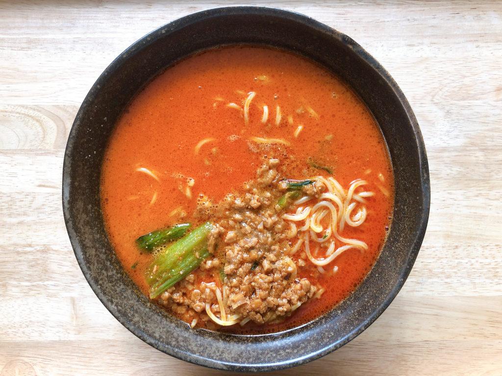 セブンイレブンの冷凍食品「胡麻が濃厚な担々麺」